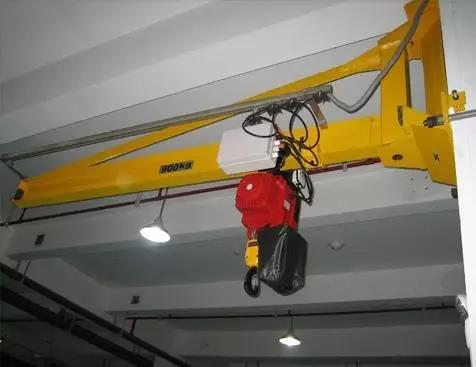 Jib crane track beam technical requirements before installation