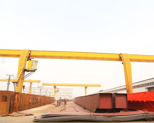 Method of assembly of gantry crane door frame
